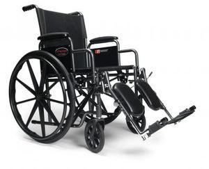 chaise roulante avantage avec appuie bras et appuie pied 3h010130 eskair. Black Bedroom Furniture Sets. Home Design Ideas
